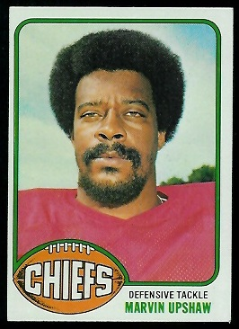 Marvin Upshaw 1976 Topps football card