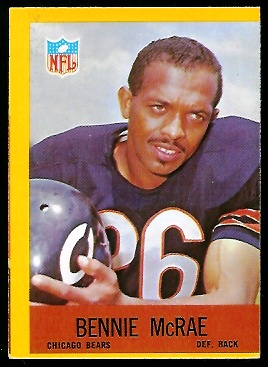 Miscut 1967 Philadelphia Bennie McRae football card
