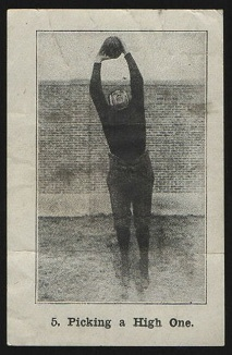 Picking a High One 1926 Shotwell Red Grange Ad Back football card