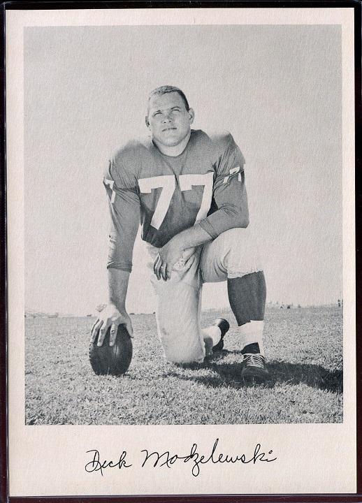 Dick Modzelewski 1957 Giants Team Issue football card