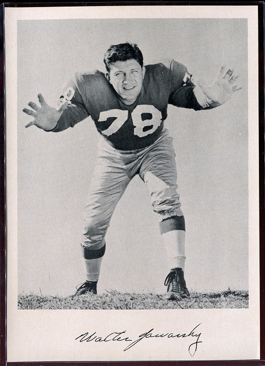 Walt Yowarsky 1957 Giants Team Issue football card