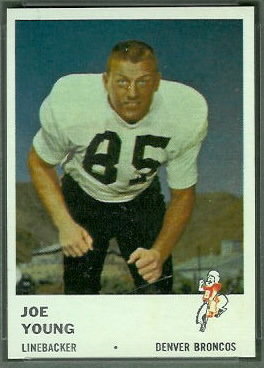 Joe Young 1961 Fleer football card