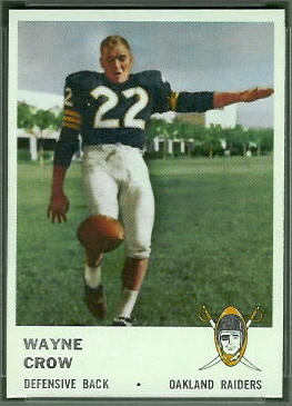 Wayne Crow 1961 Fleer football card