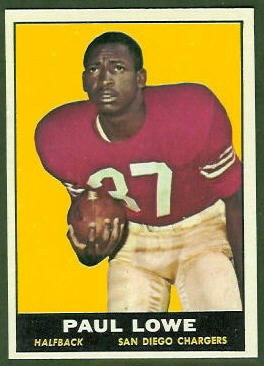 Paul Lowe 1961 Topps football card