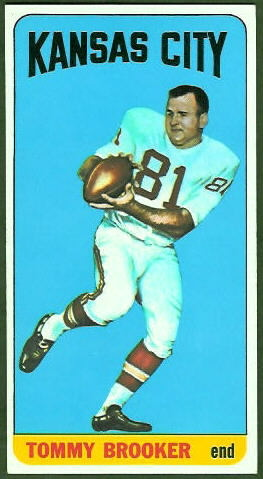 Tommy Brooker 1965 Topps football card