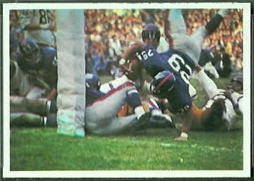 Giants Play 1966 Philadelphia football card