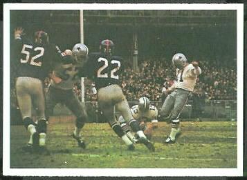Cowboys Play 1966 Philadelphia football card