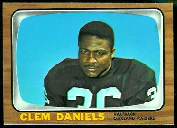 Clem Daniels 1966 Topps football card