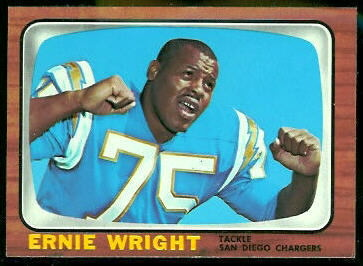 Ernie Wright 1966 Topps football card
