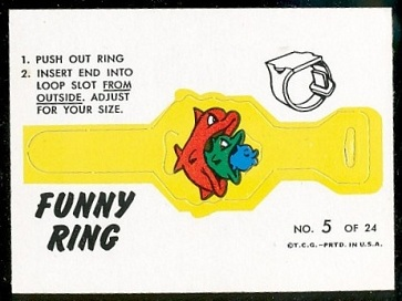 Fish Eats Fish 1966 Topps Funny Rings football card