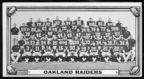 Oakland Raiders Team 1968 Topps Test Team Photos football card