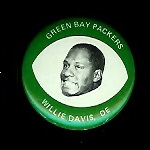 Willie Davis 1969 Drenks Packers Pins football card
