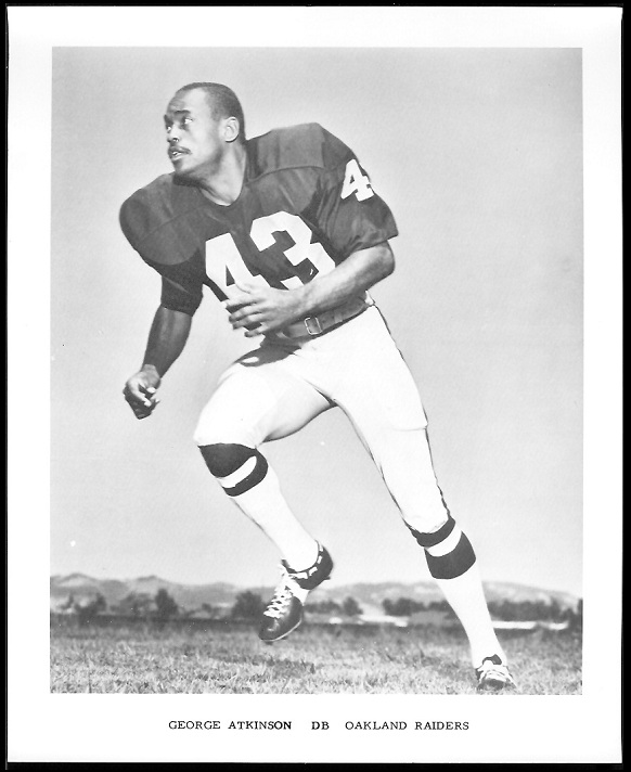 George Atkinson 1969 Raiders Team Issue football card