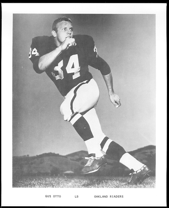 Gus Otto 1969 Raiders Team Issue football card
