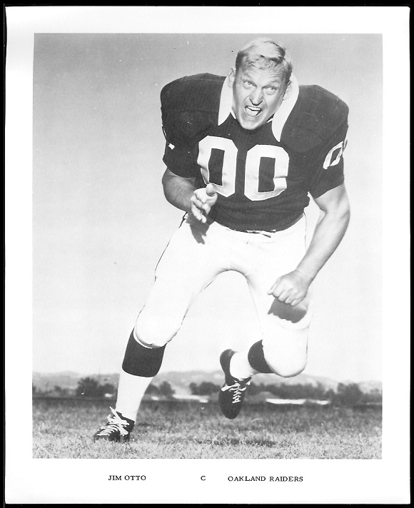 Jim Otto 1969 Raiders Team Issue football card