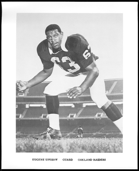 Gene Upshaw 1969 Raiders Team Issue football card