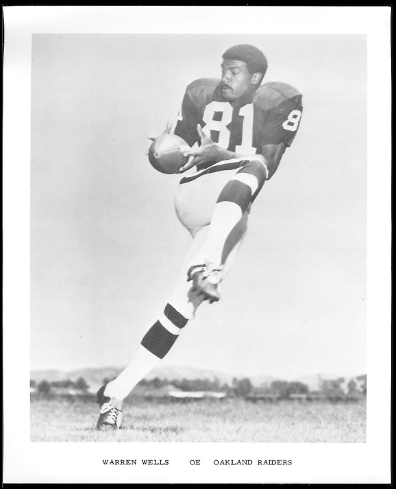 Warren Wells 1969 Raiders Team Issue football card