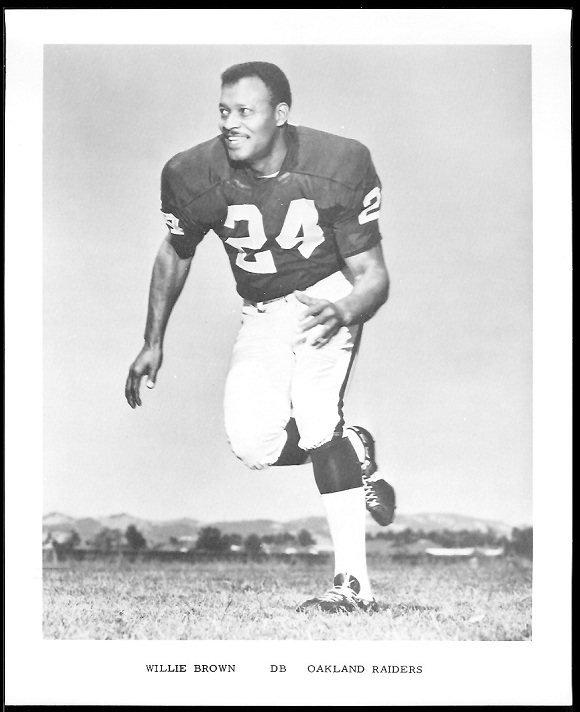 Willie Brown 1969 Raiders Team Issue football card