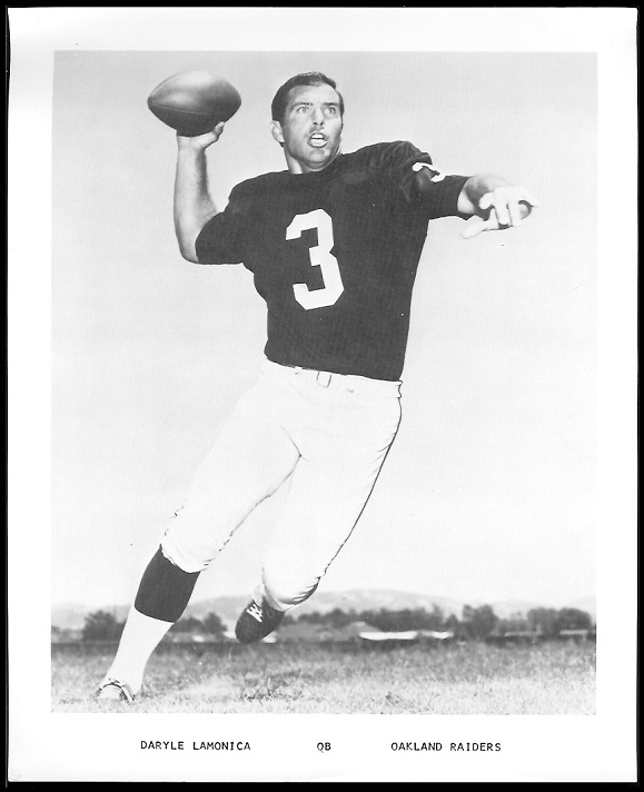 Daryle Lamonica 1969 Raiders Team Issue football card