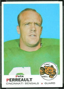Pete Perreault 1969 Topps football card