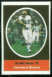 Milt Morin 1972 Sunoco Stamps football card