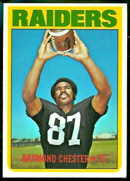 Raymond Chester 1972 Topps football card
