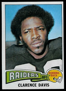 Clarence Davis 1975 Topps football card