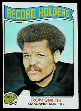 Ron Smith - Record Holder 1975 Topps football card