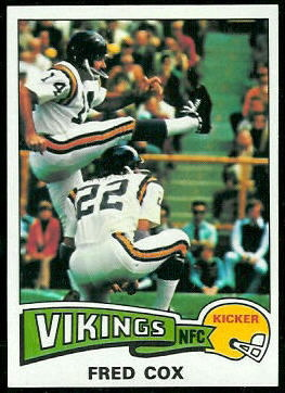 Fred Cox 1975 Topps football card