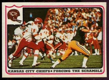 Kansas City Chiefs - Forcing the Scramble 1976 Fleer Team Action football card