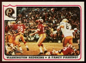 Washington Redskins - A Fancy Passing 1976 Fleer Team Action football card