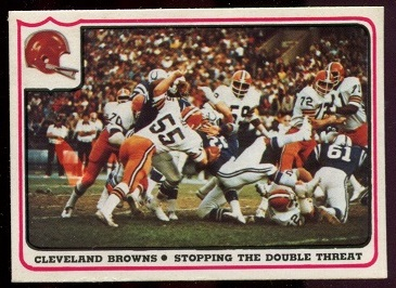Cleveland Browns - Stopping the Double Threat 1976 Fleer Team Action football card