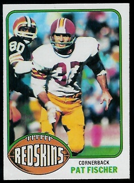 Pat Fischer 1976 Topps football card
