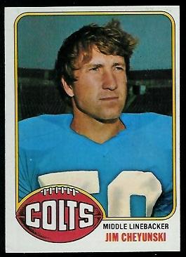 Jim Cheyunski 1976 Topps football card