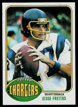 Jesse Freitas 1976 Topps football card