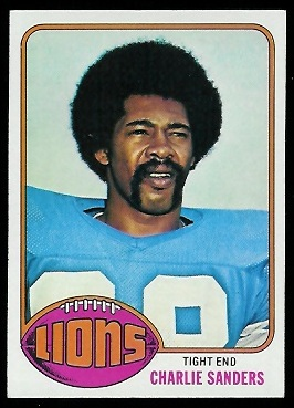 Charlie Sanders 1976 Topps football card