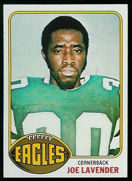Joe Lavender 1976 Topps football card