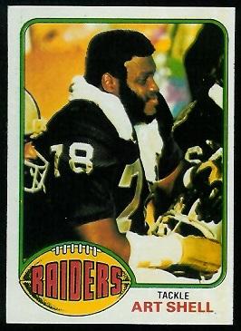 Art Shell 1976 Topps football card