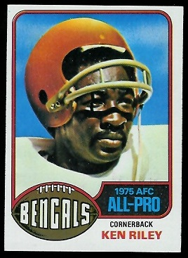 Ken Riley 1976 Topps football card