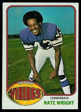 Nate Wright 1976 Topps football card