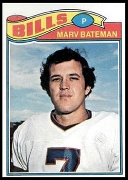 Marv Bateman 1977 Topps football card