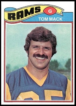 Tom Mack 1977 Topps football card