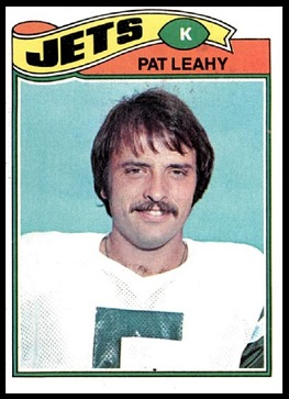 Pat Leahy 1977 Topps football card