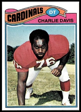 Charlie Davis 1977 Topps football card