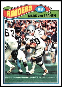 Mark van Eeghen 1977 Topps football card