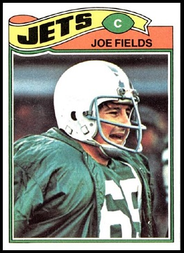Joe Fields 1977 Topps football card