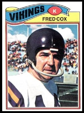 Fred Cox 1977 Topps football card